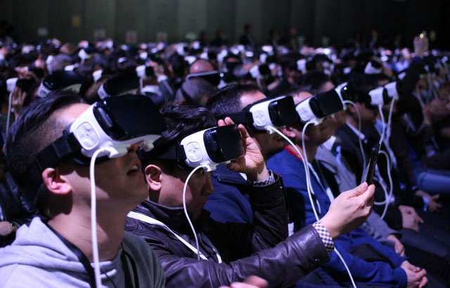 Virtual Reality Applications in Various Industries